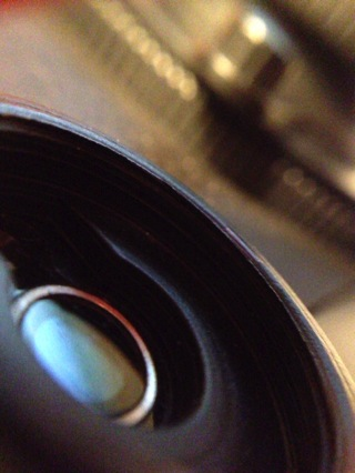 GIZMON iCAに無改造で取り付けられる「Wide & Macro Lens for iPhone4S&4」がイイ感じ